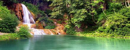 Ručně tříděný katalog mými fotografií s tématikou vodopádů, jezer, řek nebo horských potůčků.