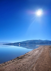 Pobřeží Oravské přehrady
