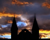 Dramatická červená obloha v Žilině