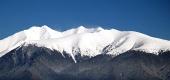 Vrcholky Roháčů pokryté sněhem