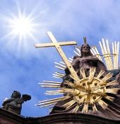 Slunce a kříž