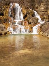 Vodopád plný minerálů v obci Lúčky, Slovensko