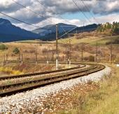 Prázdná železniční trať