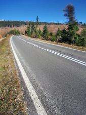 Hlavní cesta do Vysokých Tater ve směru od obce Štrba