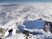 Pohled z Lomnického štítu v zimě