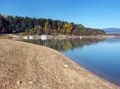 Pobřeží na Oravské přehradě