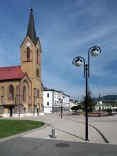 Evangelický kostel na náměstí v Dolním Kubíně