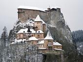 Slavný Oravský Zámek během zimy