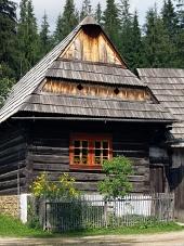 Dřevěný lidový dům v muzeu Zuberec