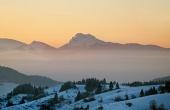 Velký Rozsutec při západu slunce v zimě