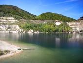 Letní pohled na Šútovské jezero, Slovensko