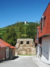 Ulice s opevněním a Mariánskou horou v Levoči