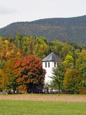 Věž kostela v Liptovské Sielnici na Slovensku