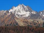 Majestátní vrcholy ve Vysokých Tatrách na podzim