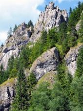 Masivní skály ve Vrátné dolině na Slovensku