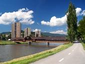 Cesta k sídlišti Bysterec a Kolonádní most