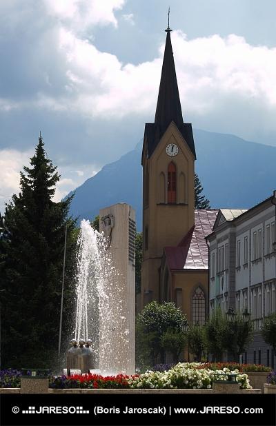 Kostel a kašna