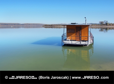 Hausbót na Oravské přehradě