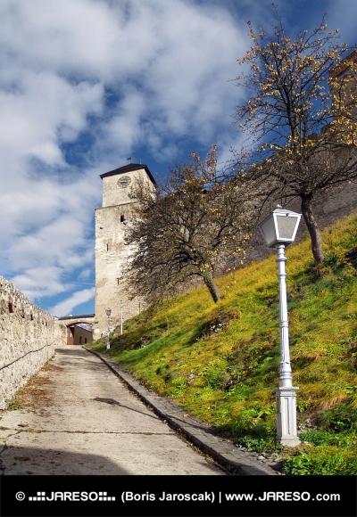 Hodinová věž na hradě Trenčín