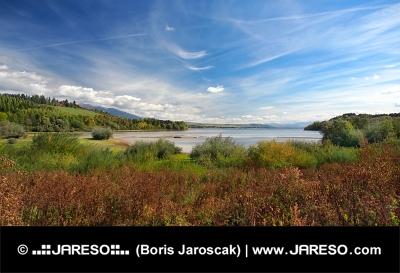 Liptovská Mara ve směru od obce Bobrovník