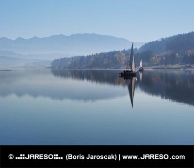 Časné rané mlhy na Oravské přehradě