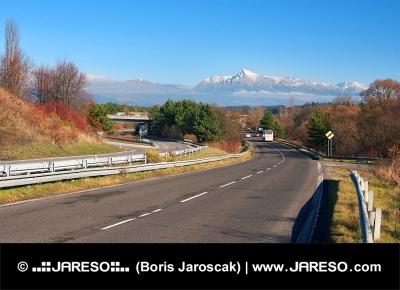 Cesta k vrcholu Kriváň ve Vysokých Tatrách na Slovensku