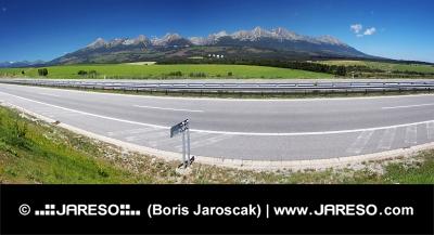 Panorama dálnice vedoucí do Popradu a Vysoké Tatry